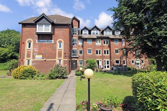 Thumbnail Flat for sale in Masters Court, Ruislip