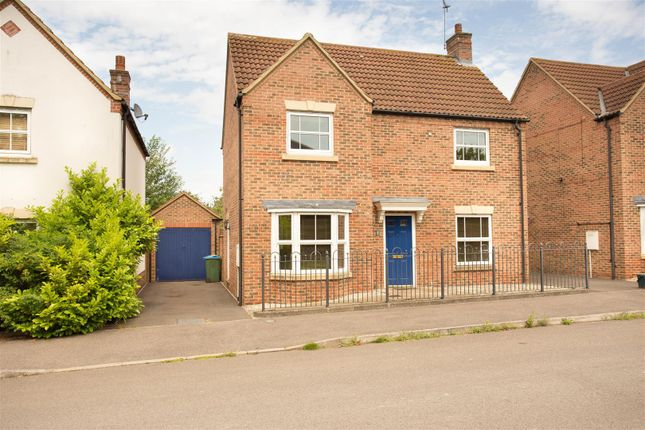 Thumbnail Detached house to rent in Hampstead Close, Aylesbury