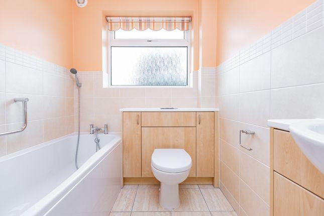 Bathroom of Dickens Close, Hartley, Longfield DA3