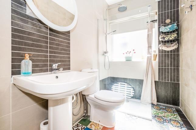 Shower Room of Roding Lane North, Woodford Green IG8