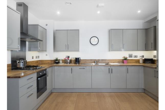 1 bedroom flat for sale in Abbey House, Abbey Street, Bermondsey, London