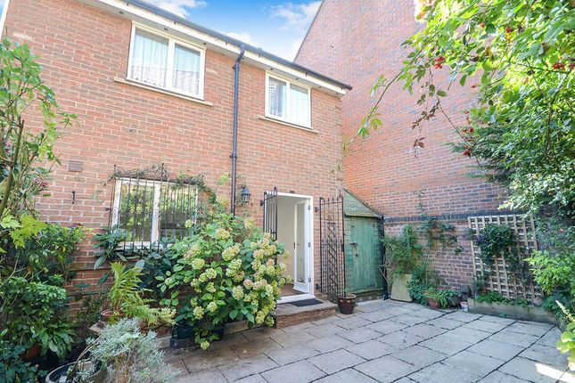 Thumbnail Terraced house to rent in St. Andrewgate, York