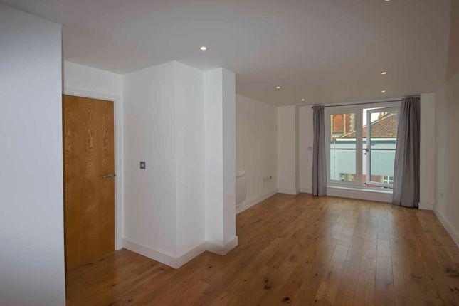 Thumbnail Flat to rent in Regatta Quay, Key Street, Ipswich