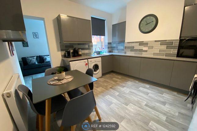 Room to rent in Shobnall Street, Burton-On-Trent DE14