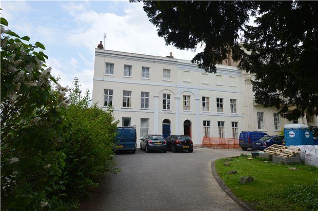 Thumbnail Flat for sale in Bath Road, Cheltenham