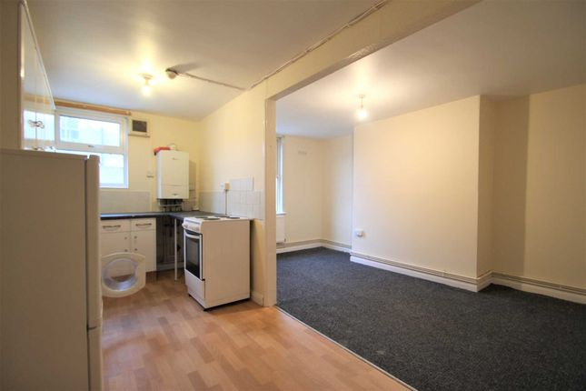 Thumbnail Flat to rent in Marlborough Road, Oxford