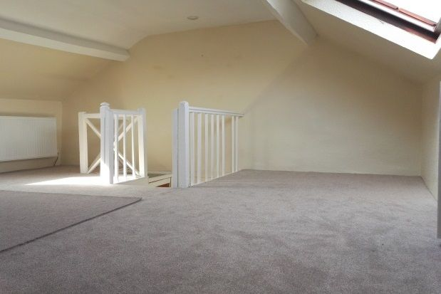 Thumbnail Terraced house to rent in Garth Road, Bangor