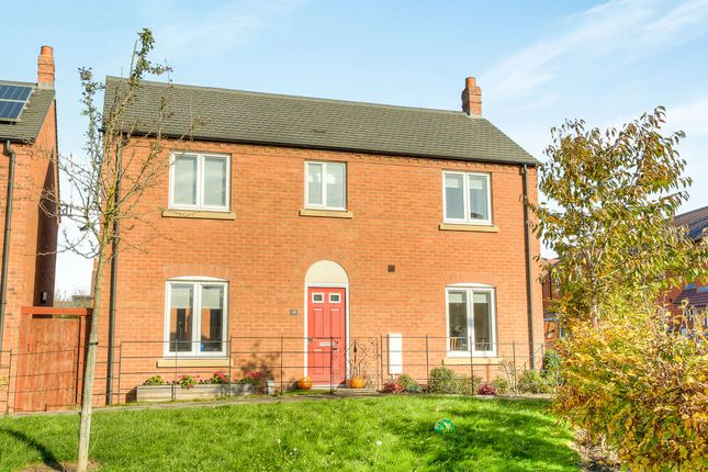 Thumbnail Detached house for sale in Barn Lane, Bishopton, Stratford-Upon-Avon