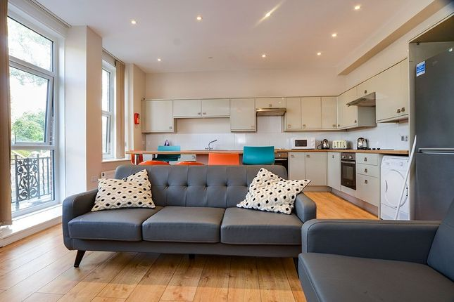 Thumbnail Terraced house to rent in Queen Anne Terrace, Plymouth