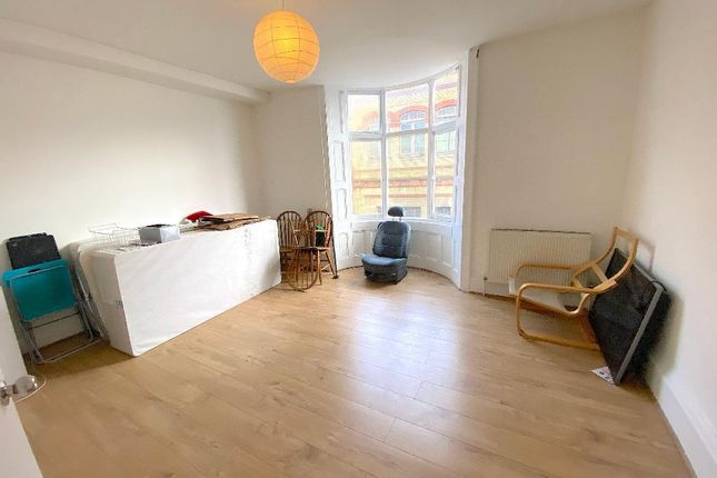 Thumbnail Flat to rent in Terminus Road, Brighton