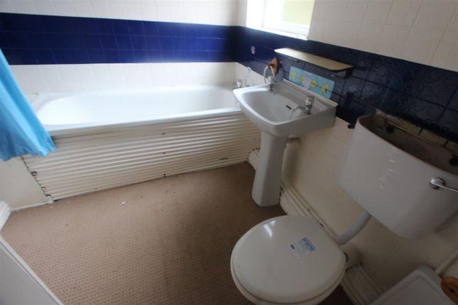 Bathroom of Cumberland Street, Darlington DL3