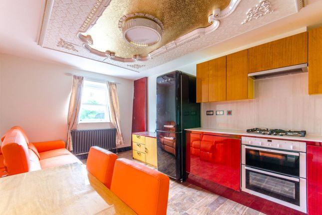 Thumbnail Flat for sale in Sutherland Avenue, Maida Vale