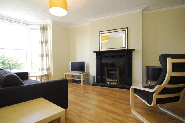 Flat to rent in Seymour Avenue, Lipson, Plymouth