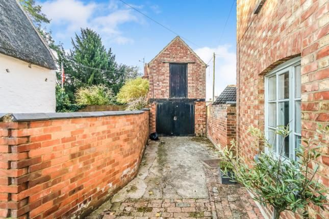 Outbuilding of Bell End, Wollaston, Northamptonshire, England NN29