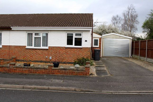 2 bed bungalow to rent in Tinsley Close, Clapham, Bedford MK41