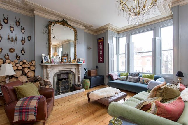 Thumbnail Flat for sale in Cecile Park, Crouch End, London
