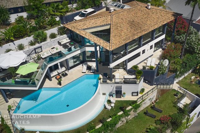 Thumbnail Town house for sale in Èze, Bord De Mer, 06360, France