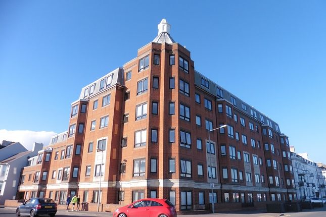 2 bed flat for sale in Ranelagh Road, Deal