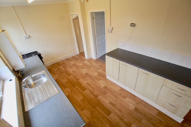 Kitchen of Honiton Road, Nottingham NG8
