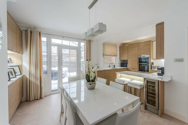 Thumbnail Semi-detached house for sale in First Avenue, Gillingham