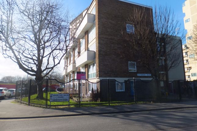 Thumbnail Flat to rent in Blackfriars Road, Southsea
