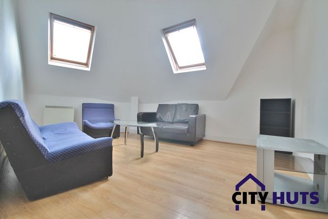 Thumbnail Flat to rent in Criterion Mews, London
