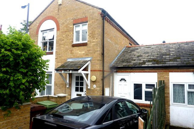 Thumbnail Semi-detached house to rent in Chaucer Drive, London Bridge