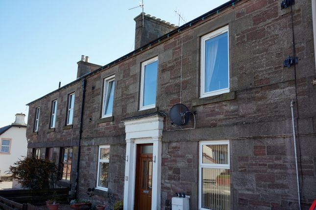 Thumbnail Flat for sale in Airlie Place, Blairgowrie