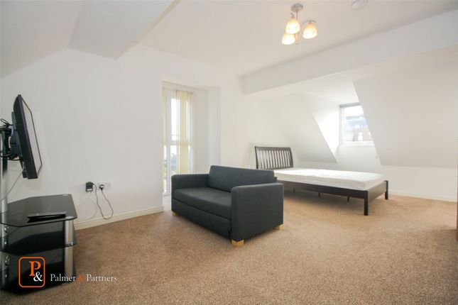 Thumbnail Flat to rent in Meachen Road, Colchester, Essex