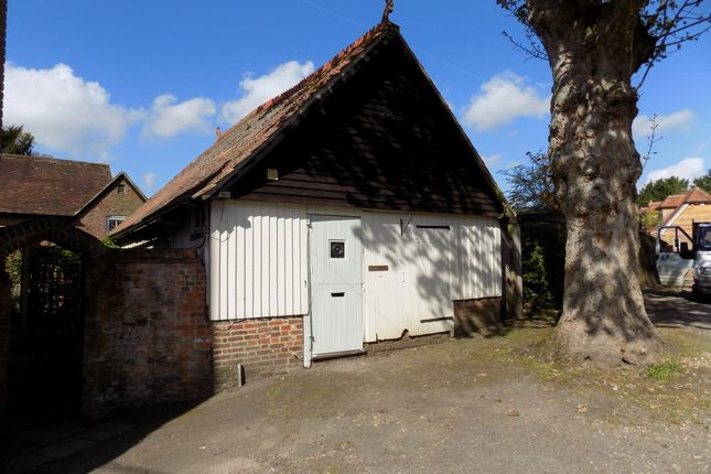 Thumbnail Detached house to rent in Winchester Road, Chawton, Alton