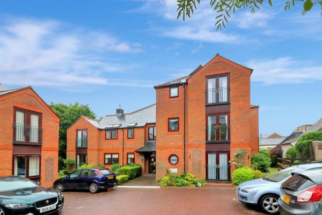 Thumbnail Flat for sale in Saddlers Walk, High Street, Kings Langley