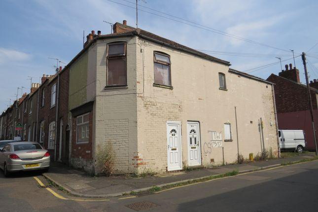 Thumbnail Flat for sale in Cross Street, Kettering