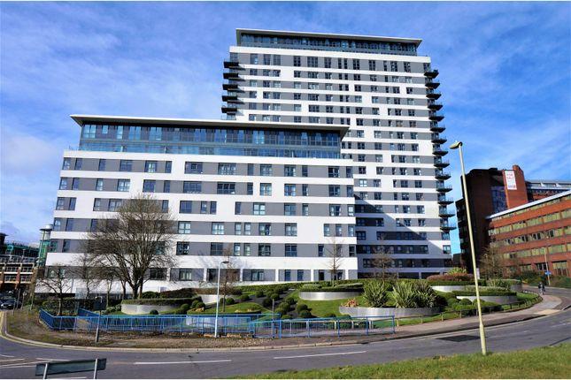 Thumbnail Flat for sale in Alencon Link, Basingstoke