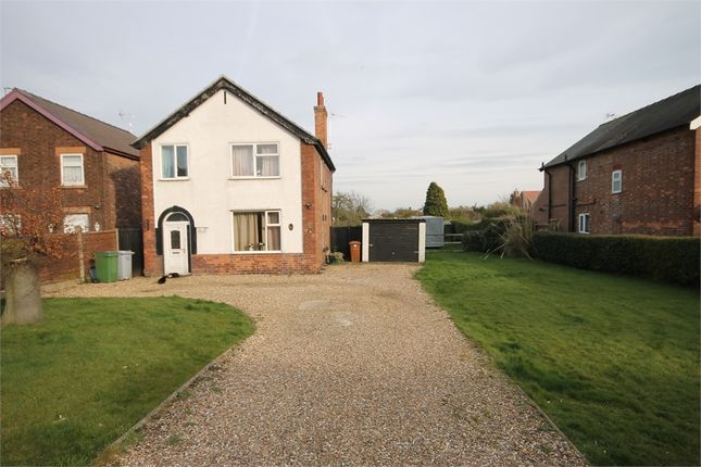 Thumbnail Detached house for sale in Winthorpe Road, Newark, Nottinghamshire.