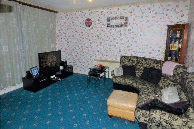Thumbnail Terraced bungalow to rent in Westbourne Close, Hayes, Middlesex, United Kingdom