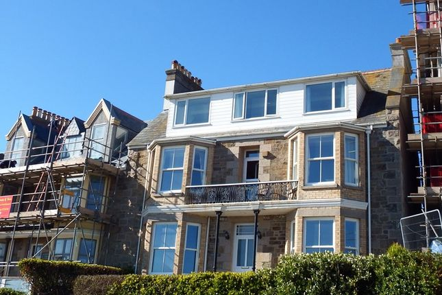 Thumbnail Flat for sale in Cliff Road, Perranporth