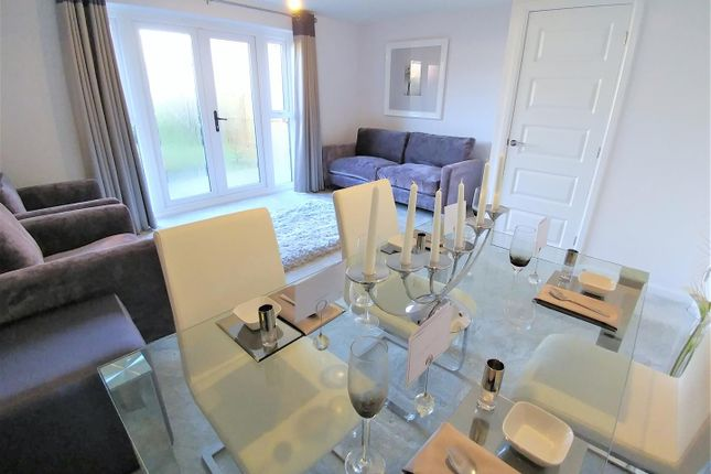 3 bed semi-detached house to rent in Cartwrights Farm Road, Liverpool L24