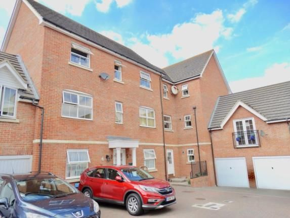 Thumbnail Flat for sale in Richards Close, Witham