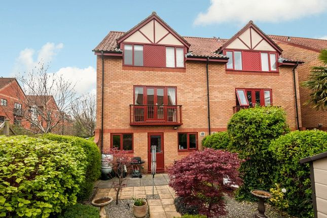 Thumbnail Semi-detached house for sale in Weare Court, Canada Way, Bristol