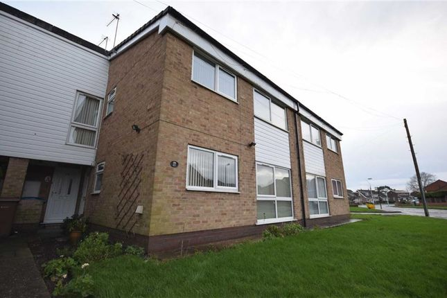 Thumbnail Flat to rent in Burton Road, Cottingham