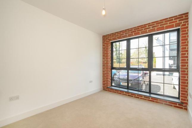 Living Space of Kelvin Road, Newbury RG14