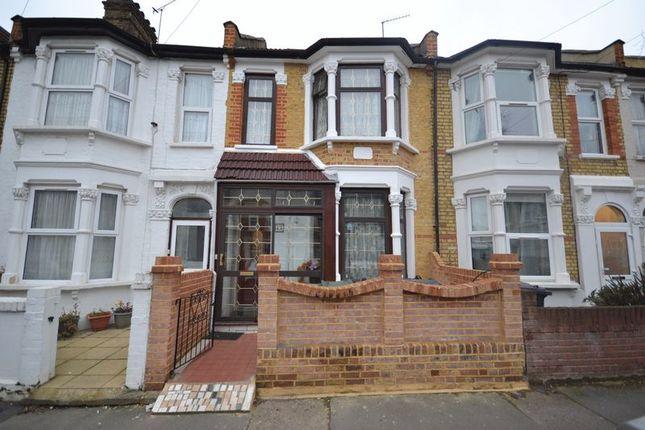 Thumbnail Property for sale in Rosebank Grove, London