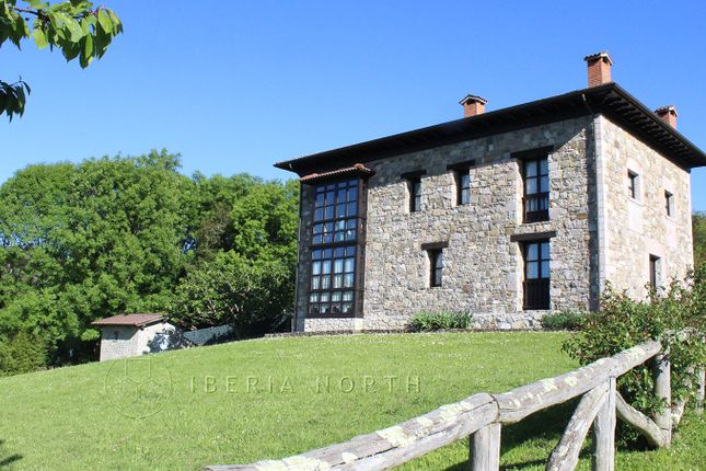 Tranquil Setting of Miyar, Cangas De Onís, Asturias, Spain