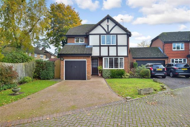 Thumbnail Detached house for sale in Lowdells Drive, East Grinstead, West Sussex