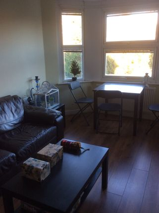 Thumbnail Flat to rent in 11 Richmond Crescent, Cardiff
