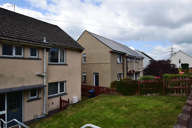 3 bed property to rent in Lloyd Avenue, Crumlin, Newport NP11