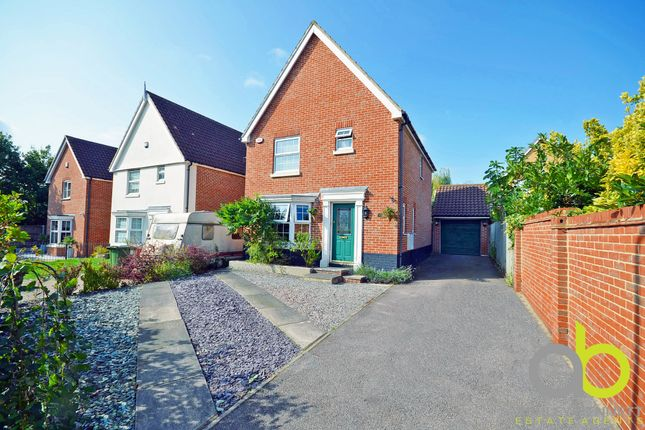 Thumbnail Detached house for sale in Regent Court, Laindon, Basildon