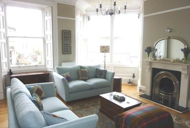 Thumbnail Flat to rent in Inverleith Terrace, Edinburgh