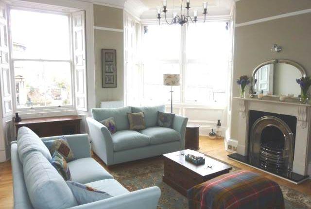 Thumbnail Flat to rent in Inverleith Terrace, Edinburgh