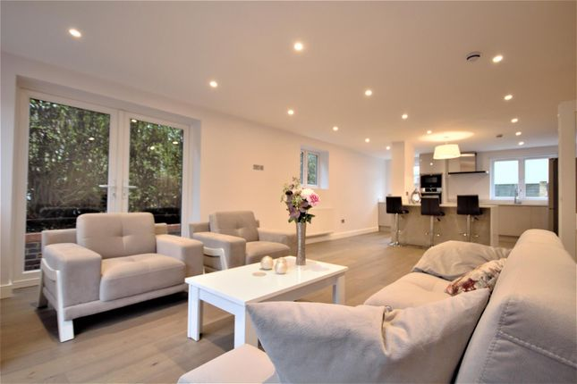 Thumbnail Property to rent in Long Drive, Acton
